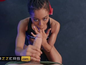 Kira Noir Scott Tears up - Thrust It..