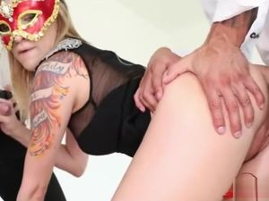 Tats porn industry star 3 way and jism..