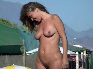 This young lady naturist is so jiggly..