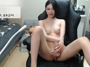 Killer Korean Oral job Display Large..